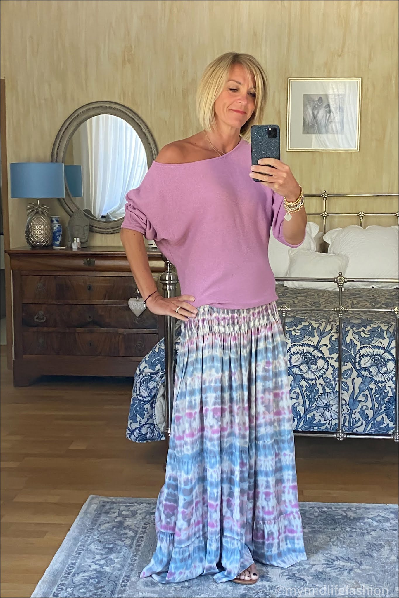 my midlife fashion, Baukjen Aoife dress, Baukjen Eddi organic cotton jumper, carvela leather thong sandals