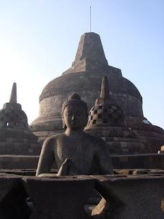 Candi-Borobudur-2014.jpg