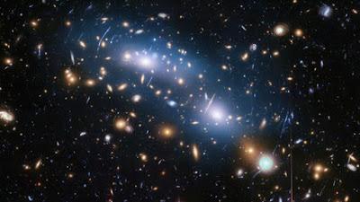 Cumulo de galaxias - Una Galaxia Maravillosa