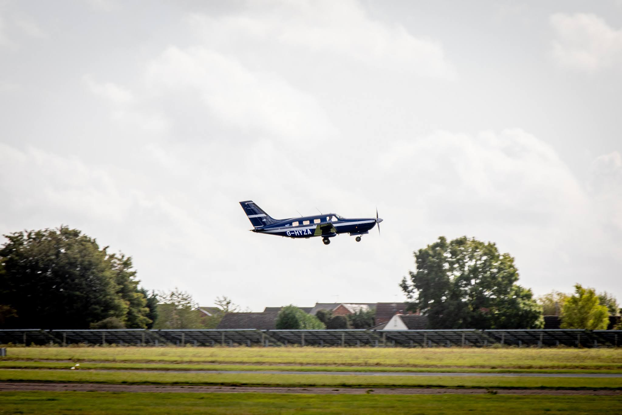 World's first hydrogen-fuelled flight by 'commercial' plane
