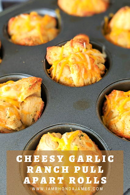 Cheesy Garlic Ranch Pull Apart Rolls