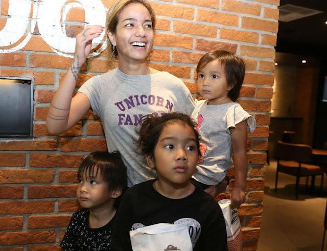 Sheila Marcia Bantah Rumor Hamil