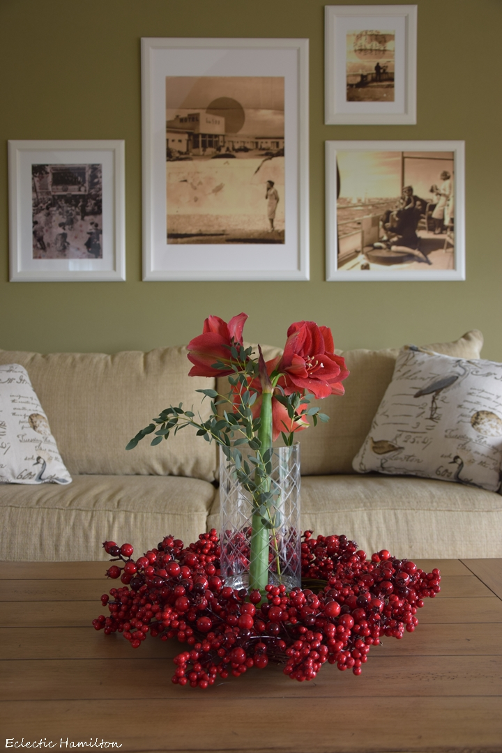 Der Weihnachtsklassiker Im Blumenreich | Eclectic Hamilton Winter Deko Wohnzimmer