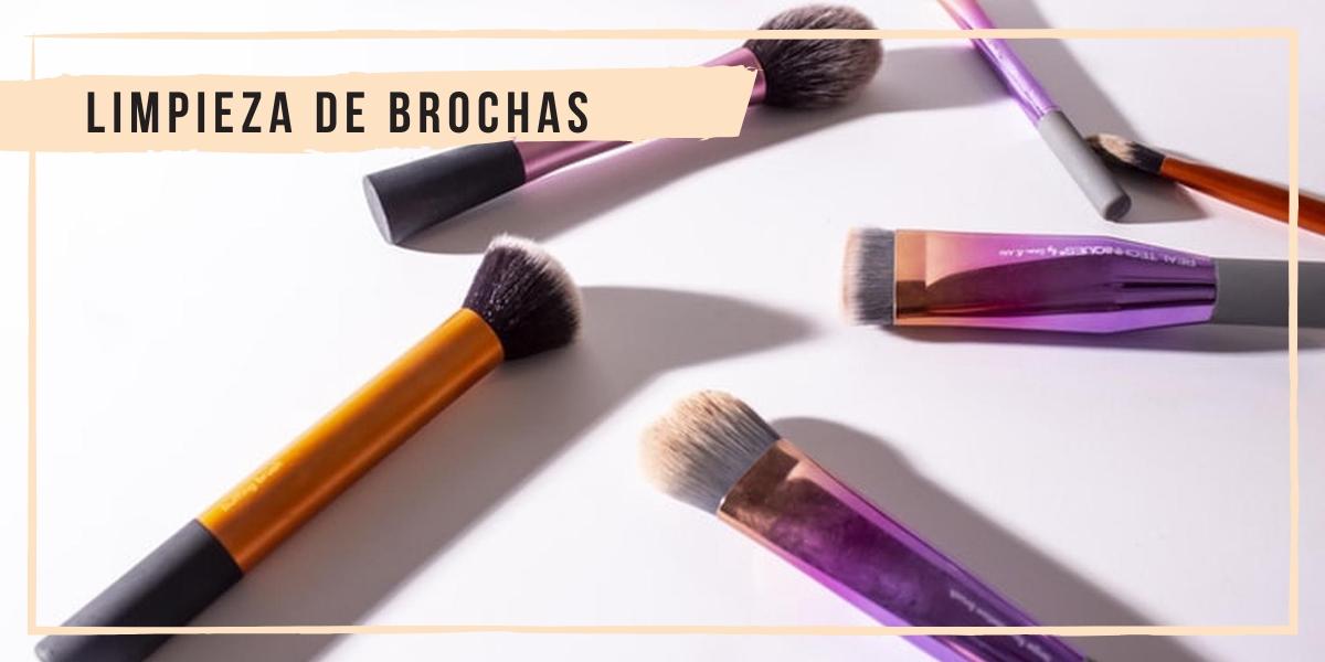 LIMPIEZA DE BROCHAS