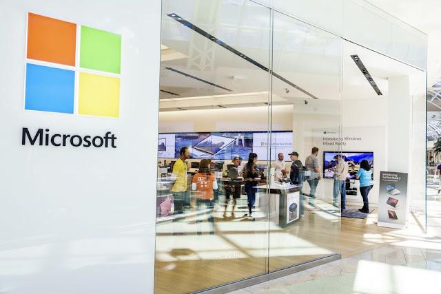 مايكروسوفت تققررت إغلاق جميع متاجرها للتجزئة
