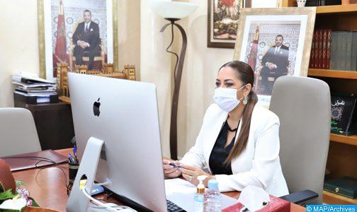 السيدة نزهة بوشارب تبرز تحديات إنعاش قطاع التعمير والإسكان