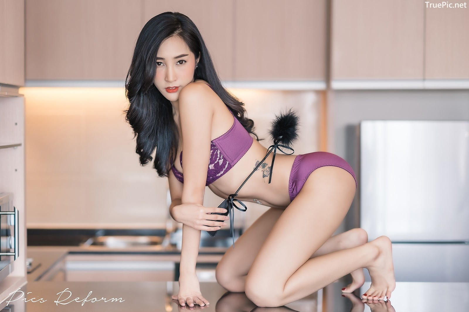 Image-Thailand-Sexy-Model-Yanapat-Ukkararujipat-Violet-Girl-TruePic.net- Picture-6