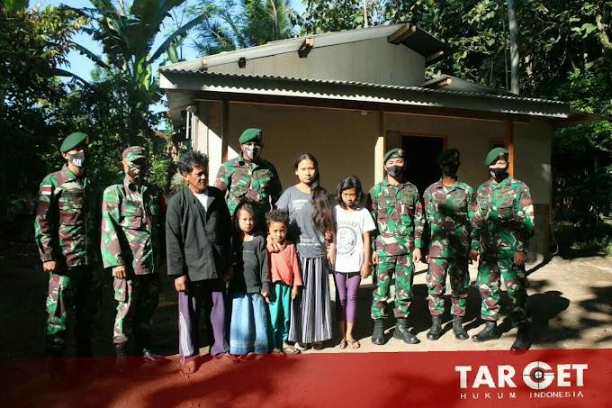 Prihatin, Prajurit Kostrad Bersama Kodim Salatiga Bantu Wujudkan Mimpi Warga Yang Tinggal di Bekas Kandang Sapi