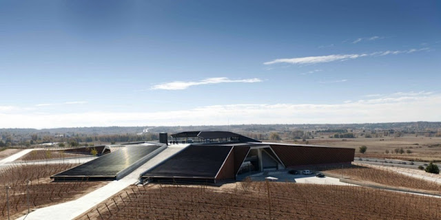Vista Bodegas Portia | Foster and Partners