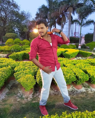 pramod premi yadav singer