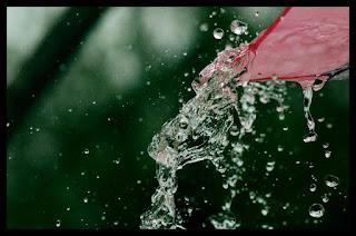Kata Lucu Galau mengenai Hujan Turun