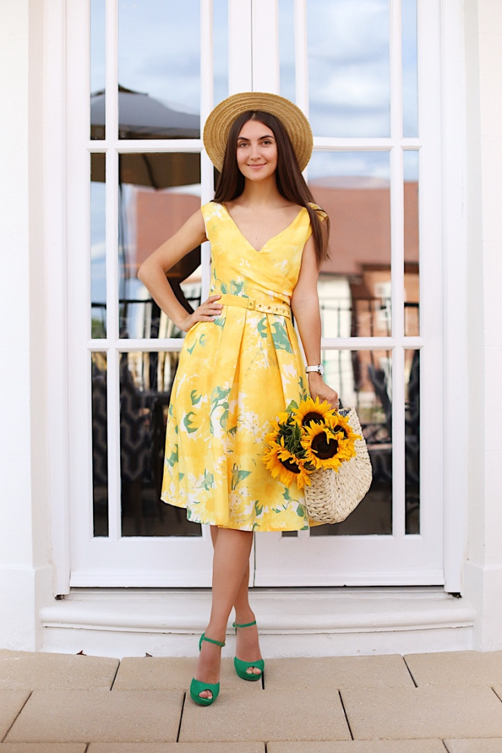galina thomas, london style blogger, sunflower dress