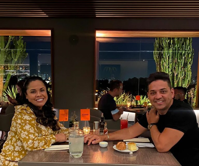 Cassiane e Jairinho celebram 26 anos de casamento
