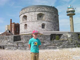 henry 8th castle southampton water