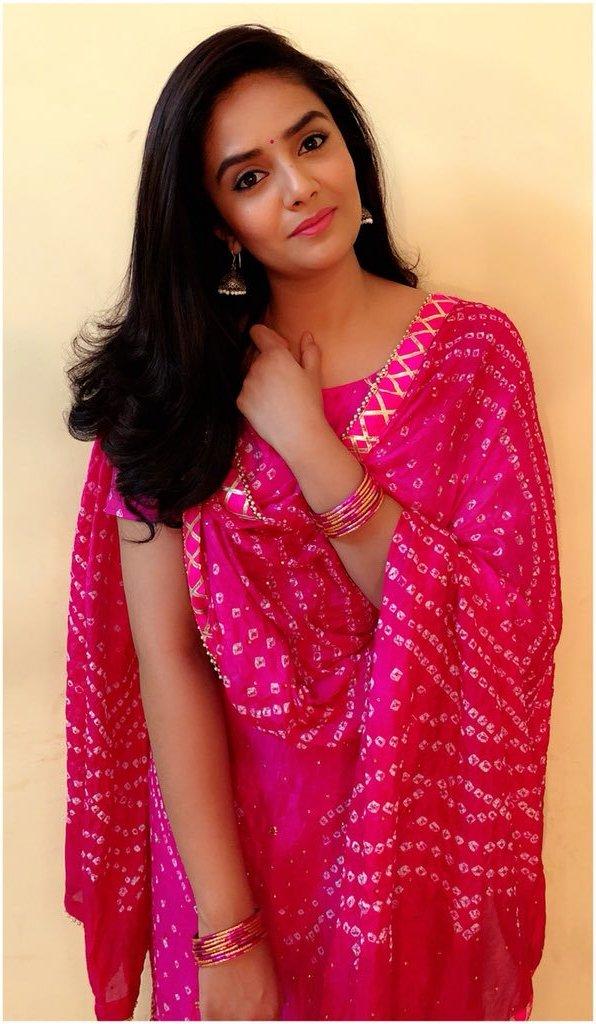Indian TV Actress SreeMukhi In Pink Punjabi Dress