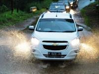 Lampu Mobil Anda Redup?, Mungkin berikut Ini Penyebabnya