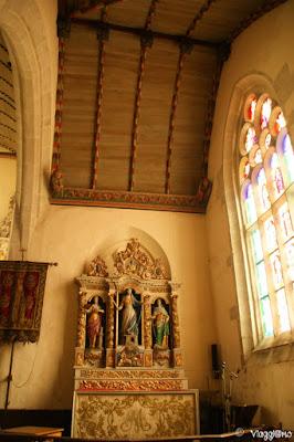 Interni della chiesa de Notre Dame de Kroaz Baz a Roscoff