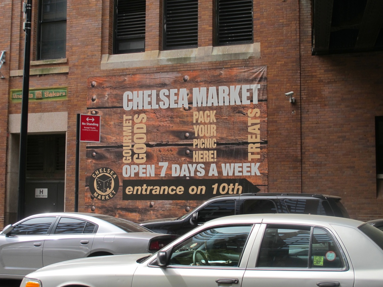 Walking Tour with CityRover Walks NY: First Stop, Chelsea Market