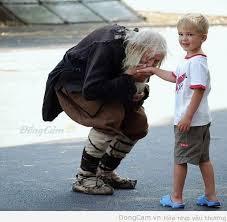 طفل,اخرس,ابكم,معاق,عجوز,متشرّد,بخل
