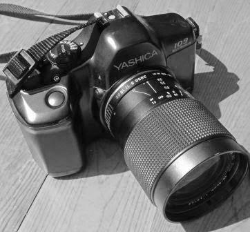 Yashica 109 MP lensa 28-80mm