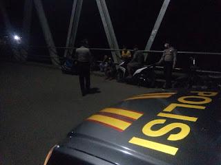 Jelang Idul Fitri, Kanit Sabhara Polsek Anggeraja Polres Enrekang Intensifkan Patroli Malam