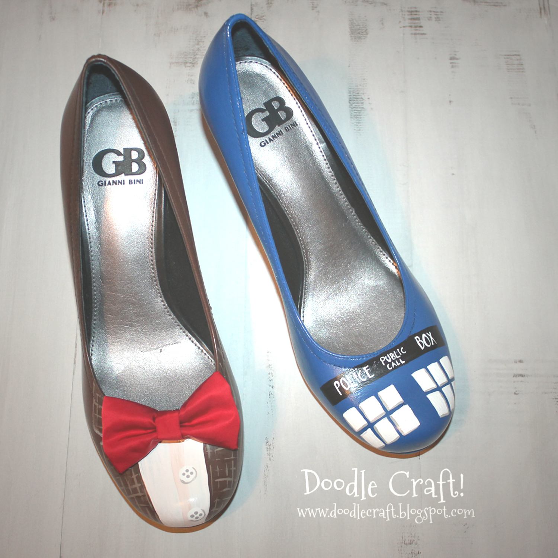 7f6b28b59a Doctor Who Painted TARDIS Heels!