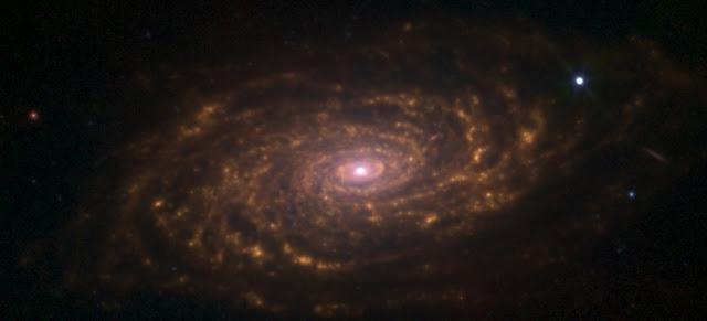 imagen en infrarrojos de la galaxia M63 Messier 63 girasol