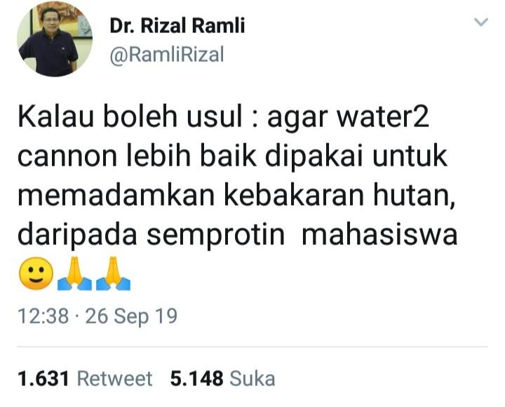 Mahasiswa Disemprot Water Canon, Rizal Ramli Sampaikan Saran Cerdas