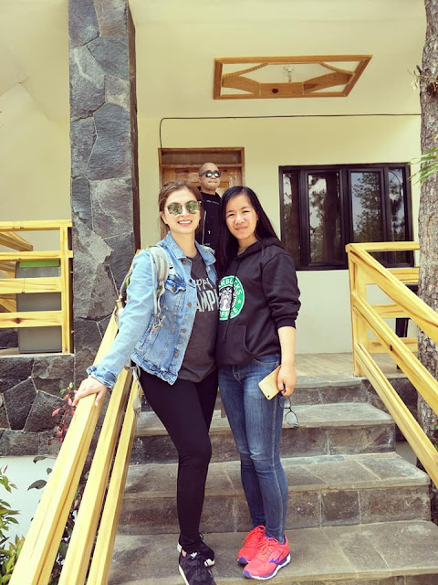 Netizen Thanked Angel  Locsin And Her Friends For  Accommodating Them In  Tagaytay