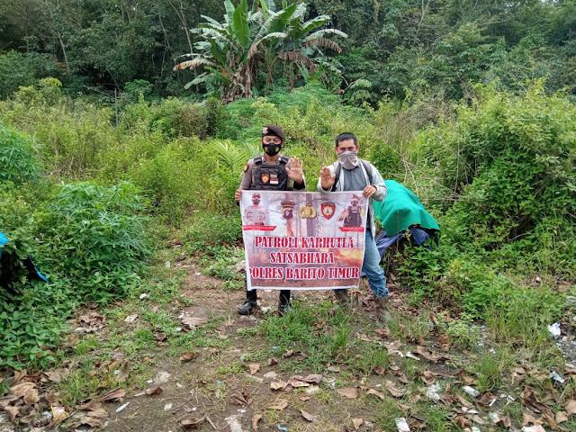 Satsabhara Polres Bartim Patroli Dengan Sosialisasikan Cegah Karhutla ke Perkebunan Sawit