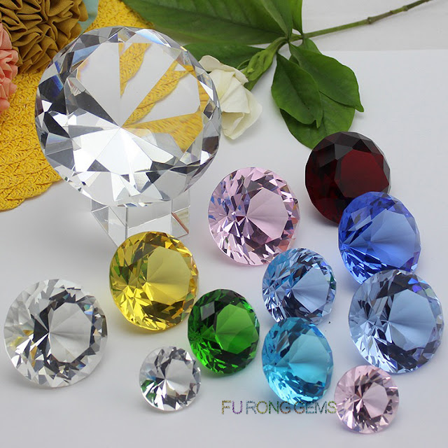 Crystal-Round-100mm-Diamond-Cut-Big-Size-Gemstones-display-China-Suppliers