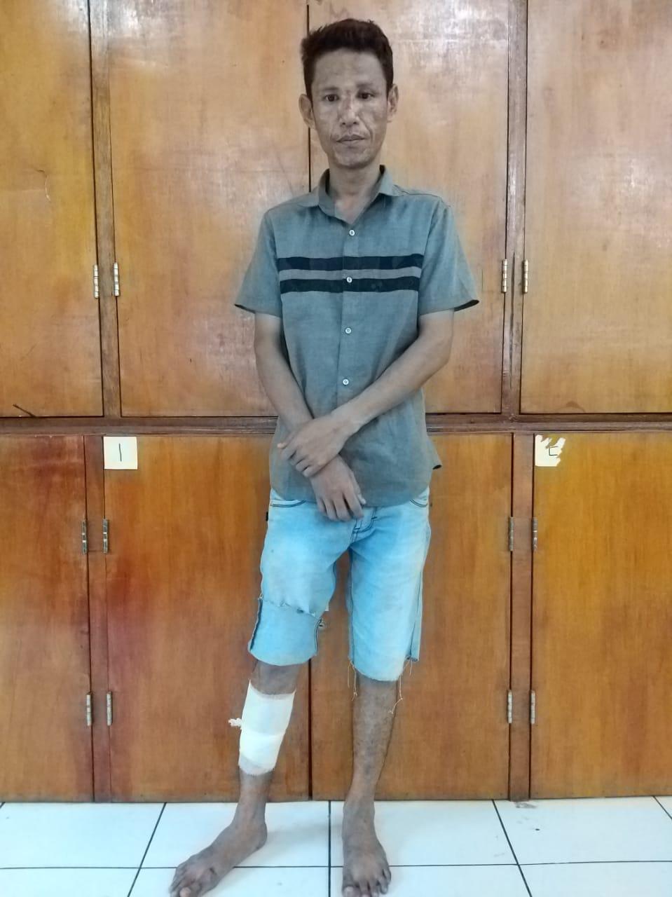 DITEMBAK-Robi Yanto yang ditembak karena mencoba kabur.