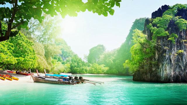 foto hermoso paisaje natural playa en isla de tailandia