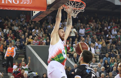 ING Basketbol Süper Ligi - Pınar Karşıyaka - Beşiktaş Sompo Sigorta - Onuralp Bitim