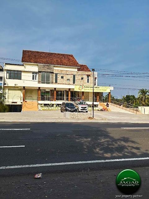 Rumah Tepi jalan Provinsi di Kulon Progo