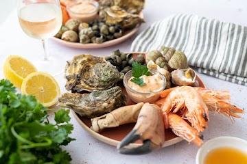 Plateau de fruits de mer à la sauce cocktail