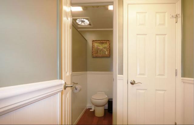 Restroom Trailer Bathroom Stall