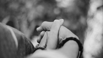Bolehkah Istri Tetap Bertahan Bersama Suami Yang Tidak Shalat?