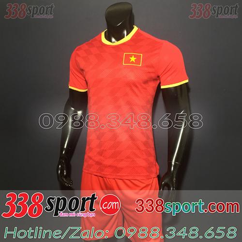 Áo bóng đá đội tuyển Việt Nam màu đỏ