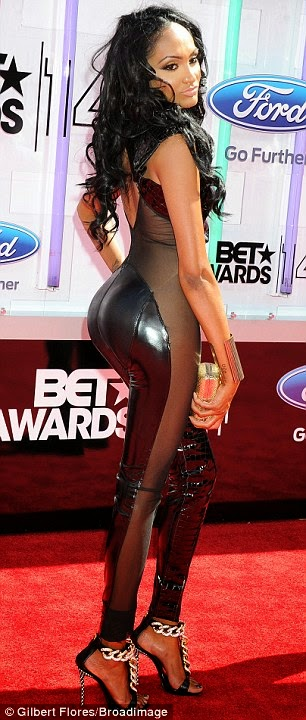 article 2674348 1F40D96500000578 631 306x720 Red Carpet photos from 2014 BET Awards + Full List of Winners