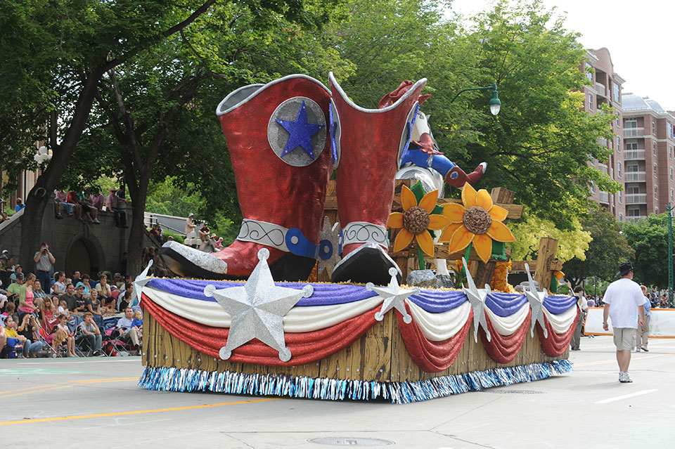 Every day is special july 24 pioneer day in utah for Princess float ideas