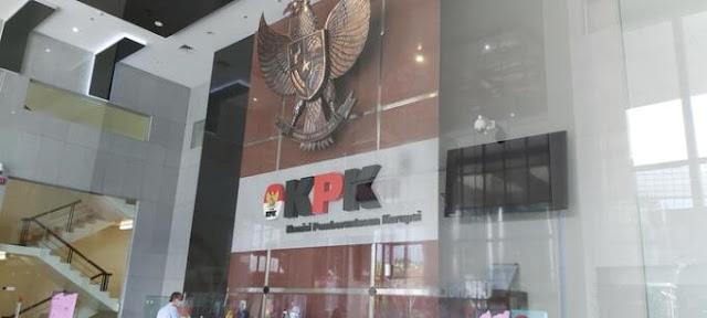 Kasus Azis Syamsuddin dan Lili Pintauli Bukti Mafia Peradilan Eksis di KPK