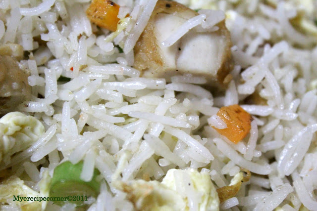 Mye's Kitchen: Indo-Chinese-Indian Chicken Fried Rice