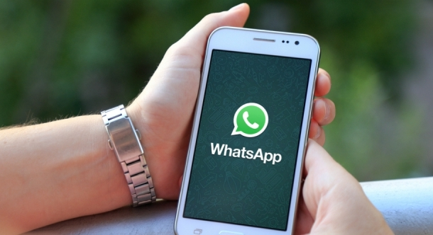 Tahun 2020, WhatsApp Akan Mulai Dijejali dengan Iklan