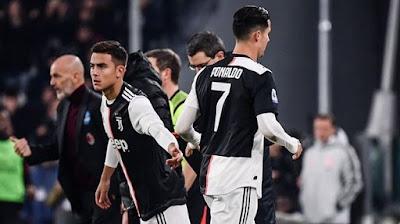 Ronaldo không hài lòng khi bị sớm thay ra.