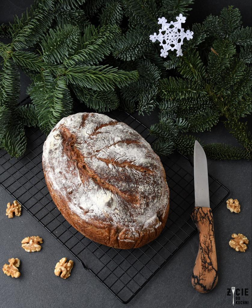 chleb orzechowy, chleb z orzechami, swiateczny chleb, chleb domowy, jak upiec chleb, najlepszy chleb, chleb na zakwasie, przepis na chleb, najlepszy przepis na chleb, zakwas zytni, domowe pieczywo