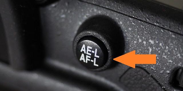 Kamera DSLR dan mirrorless mempunyai banyak tombol Fungsi tombol AEL, AFL, AFON pada kamera DSLR