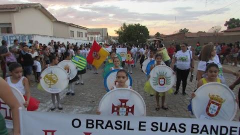 Prefeita Elijane consolida resgate do Desfile Cívico iniciado em 2017; Edição desse ano teve mais de 40 pelotões