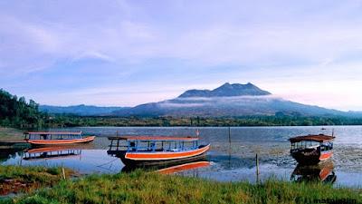 keindahan danau batur kintamani