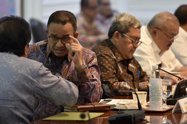 Gembong PDIP: Memang DKI Kekurangan Duit Apa Sampai Jual Saham Bir?